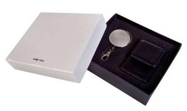 Набор Brut: футляр для сигарет и брелок-пепельница